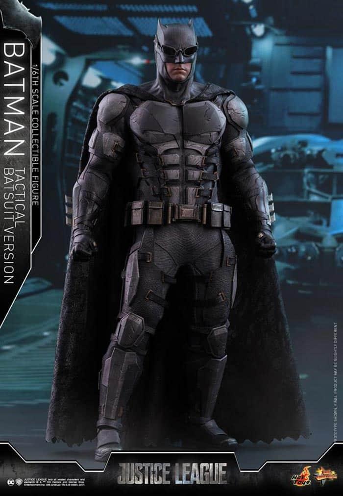 Traje táctico de Batman en la Liga de la Justicia