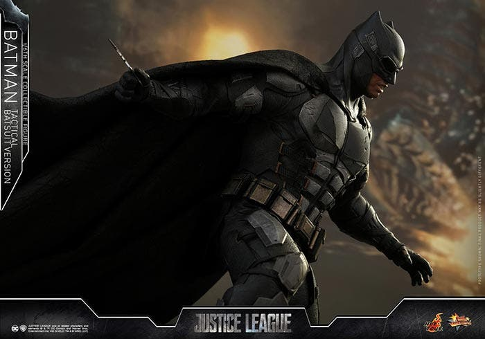 Traje táctico de Batman en la Liga de la JusticiaTraje táctico de Batman en la Liga de la Justicia