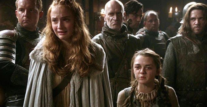 Arya y Sansa en Juego de Tronos (temporada 1)