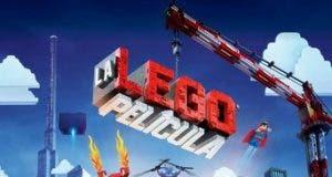 "Poster for the movie ""La LEGO película"""