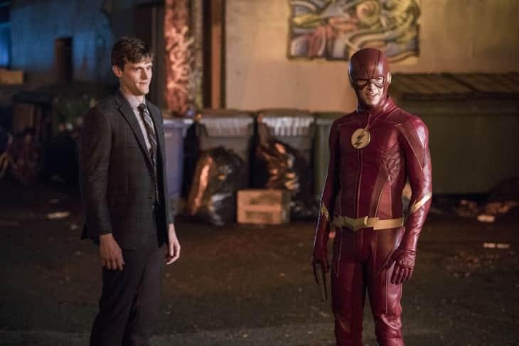 nuevo traje de the flash temporada 4