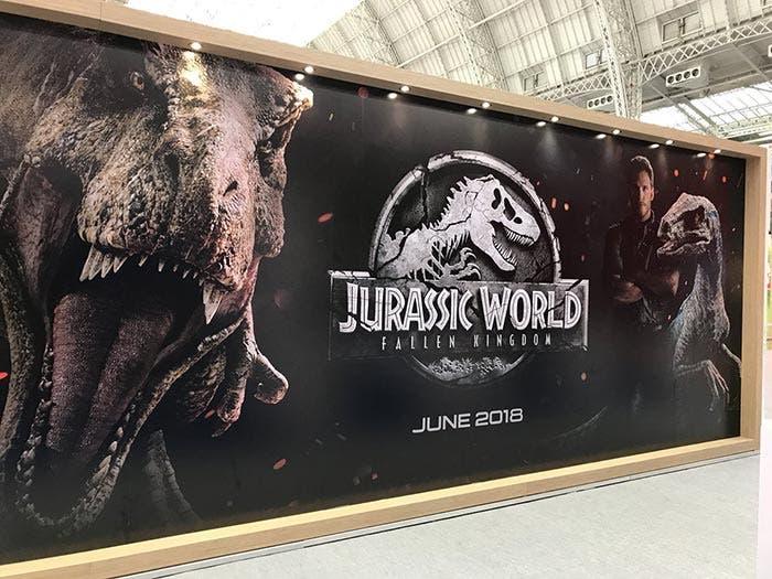 Banner promocional de Jurassic World: El reino caído (2018)