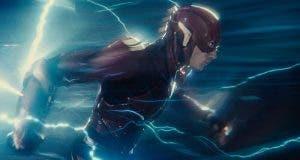 Filtrada la escena eliminada de The Flash en la 'Liga de la Justicia' salvando a Iris West