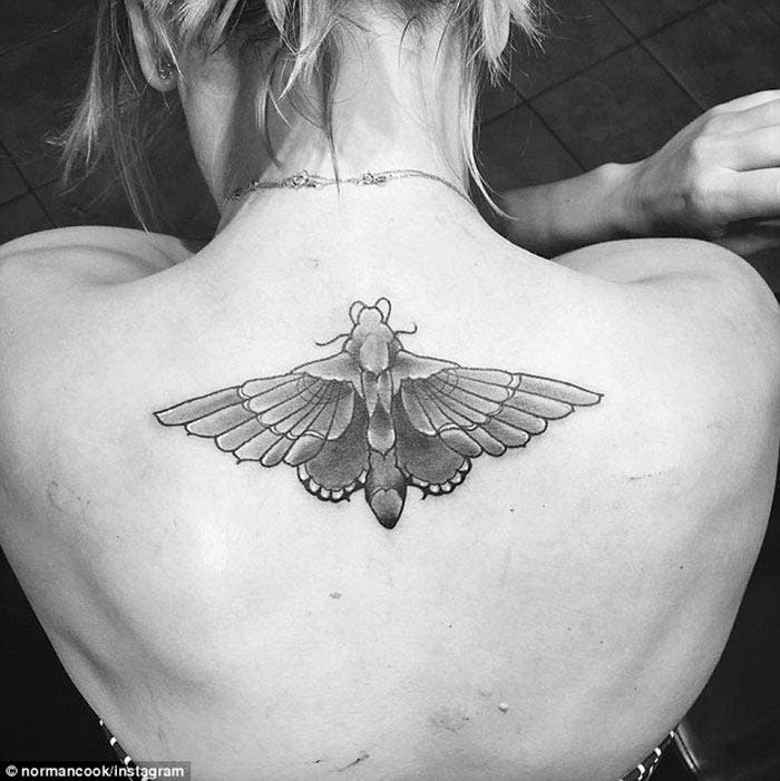 El tatuaje de Kaley Cuoco