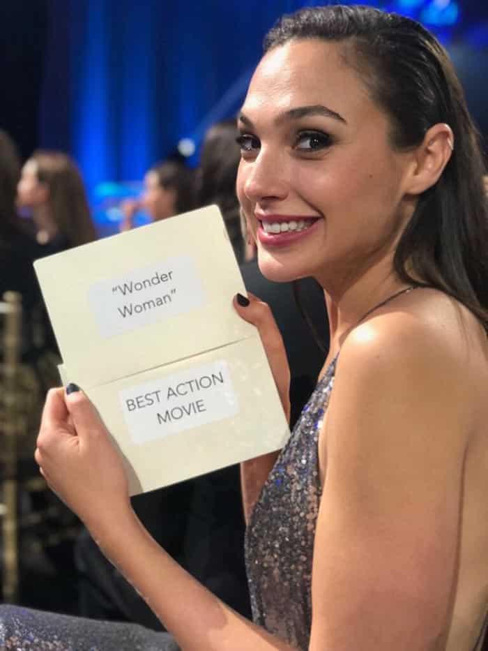Gal Gadot tras ganar Wonder Woman el Premio a Mejor Película de Acción en los Critics' Choice 2018