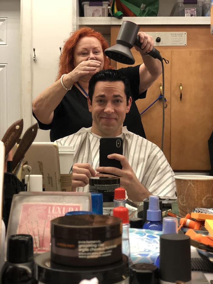 Primera imagen de Zachary Levi con el corte de pelo de Shazam