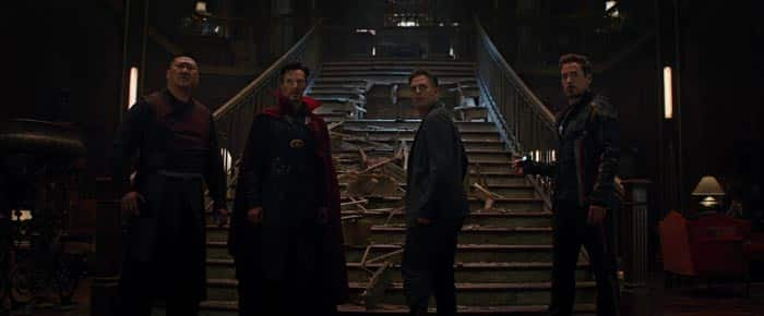 Bruce Banner junto a Doctor Strange y Tony Stark
