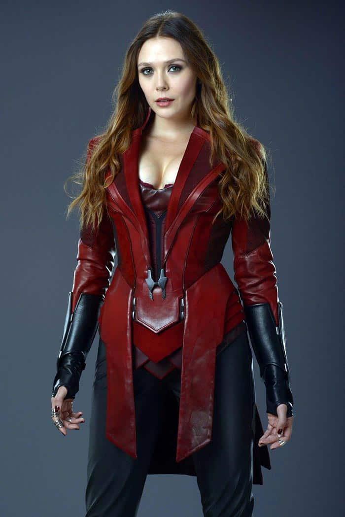 El traje de Bruja Escarlata en Vengadores: Infinity War (2018)