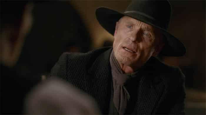 Hombre de Negro en el 2x09 de Westworld