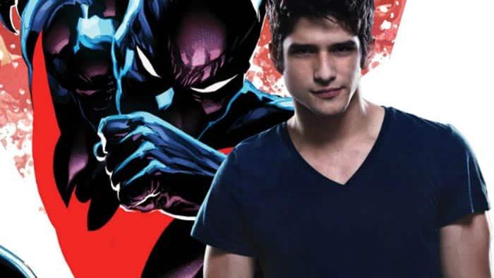 Tyler Posey (Teen Wolf) podría protagonizar una película de Batman del Futuro (Batman Beyond)