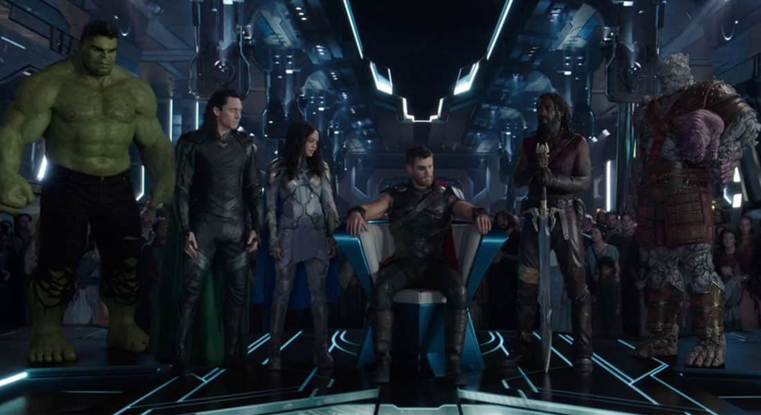 Fotograma con Valquiria Korg y Miek al final de Thor Ragnarok