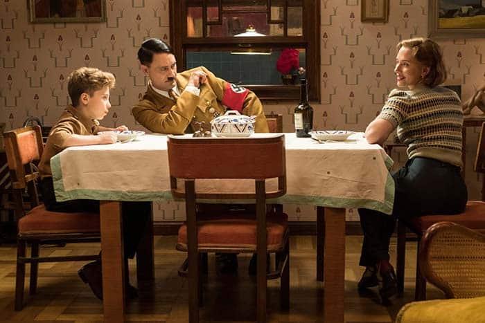 Taika Waititi como Adolf Hitler en Jojo Rabbit