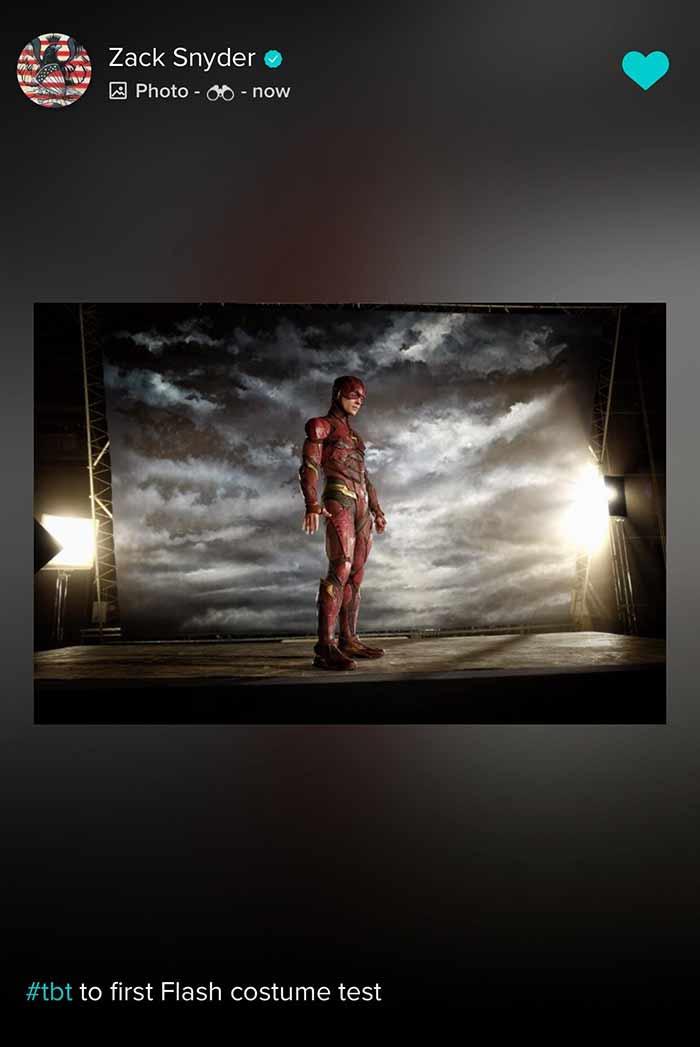 La prueba de vestuario de Ezra Miller como Flash para la Liga de la Justicia (Zack Snyder, 2017)