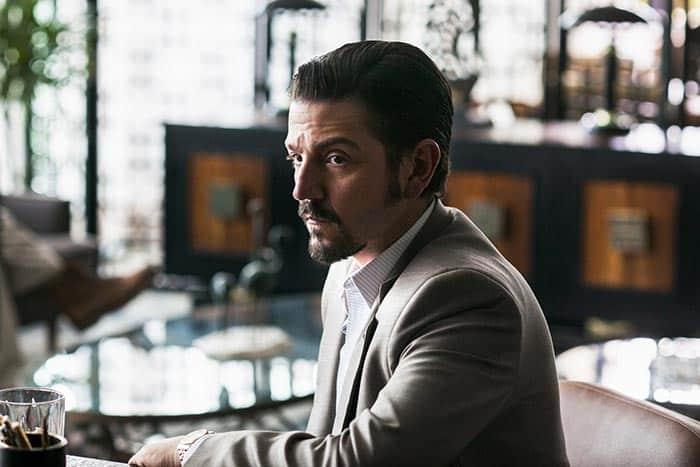 Diego Luna en Narcos: México (Netflix), la temporada 4 de Narcos