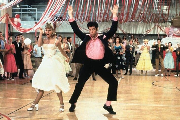 grease escena del baile