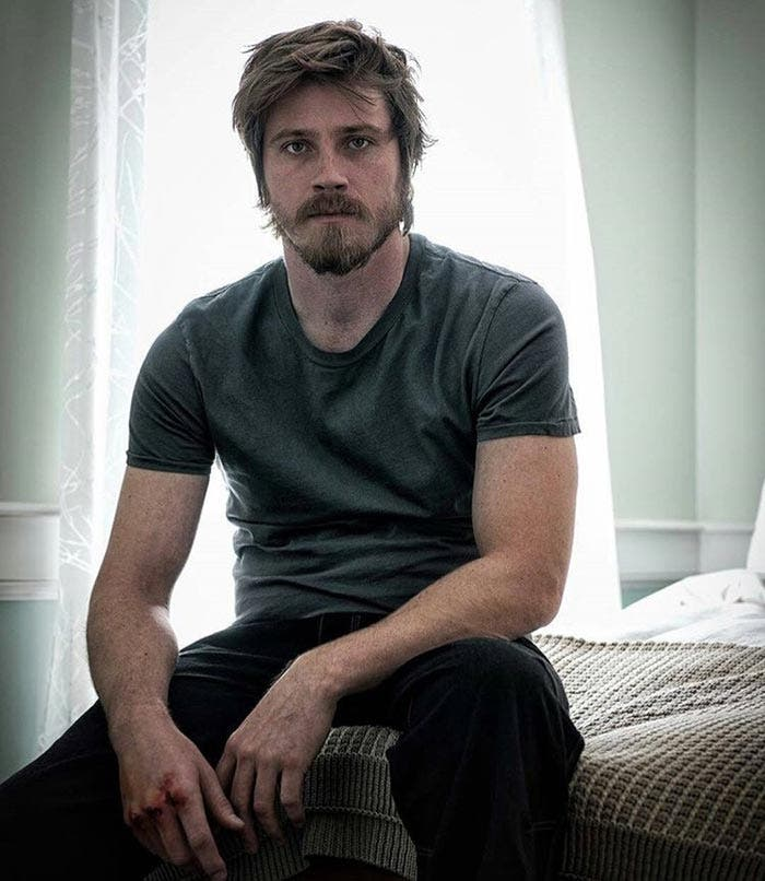 Garret Hedlund como Superman