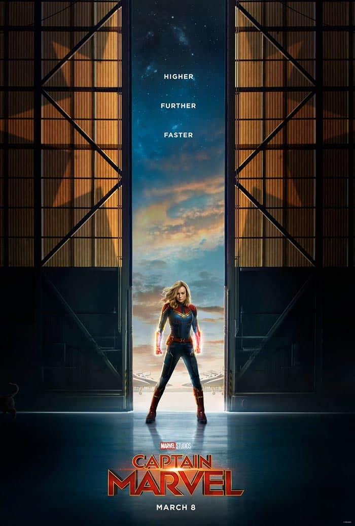 El póster de Capitana Marvel (2019) con el gato de Carol Danvers