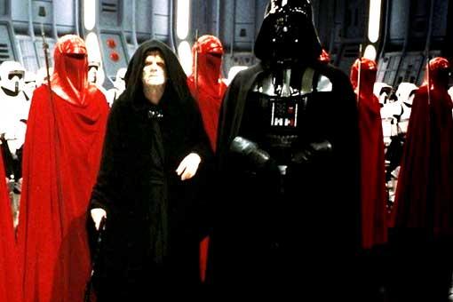 Star Wars: El motivo por el que El Emperador salvó a Darth Vader