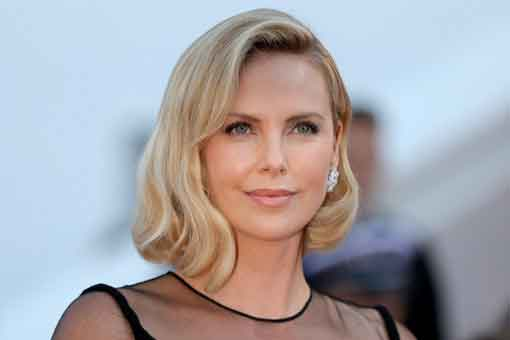 Universal quiere un spin-off de Fast and Furious con Charlize Theron