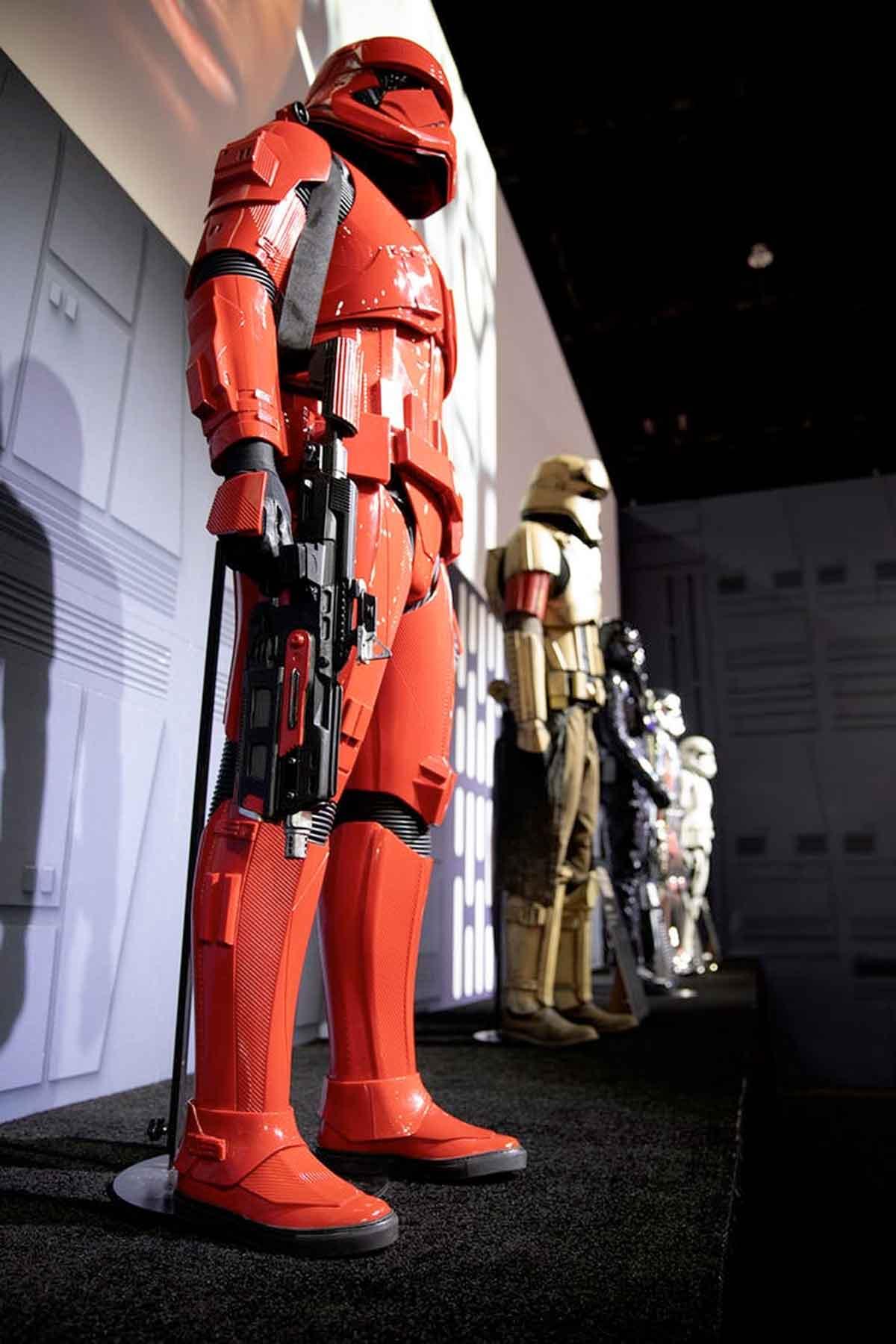 JJ Abrams emocionado por los nuevos Sith Troopers de Star Wars