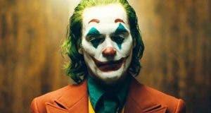 El joker de DC COmics con Joaquin Phoenix aclamada en festival de cine de venecia