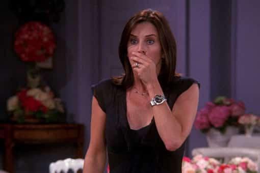 """Friends: Relevan la trama de Monica que la cadena quiso censurar por """"inapropiada"""""""