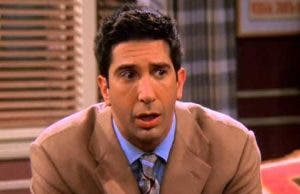 Friends: Este escena icónica de Ross fue una equivocación real del actor