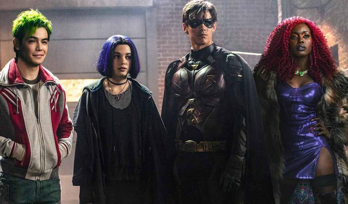 Arrowverso: Rumor sobre posible aparición del reparto de Titans