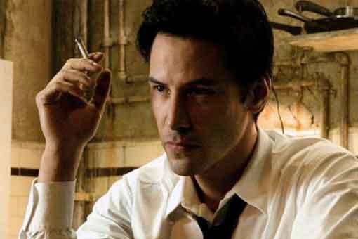 Keanu Reeves aparece como John Constantine en Hellblazer