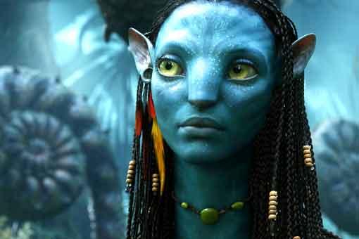James Cameron rodeado de agua y fuego en el rodaje de Avatar 2