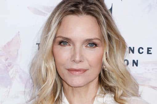 The Batman: Michelle Pfeiffer propone a una famosa actriz para que sea la nueva Gatúbela