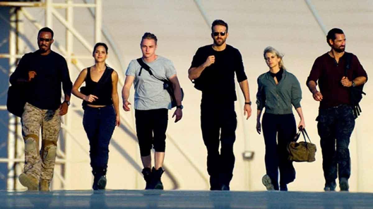 Explosivo tráiler de 6 Underground con Ryan Reynolds
