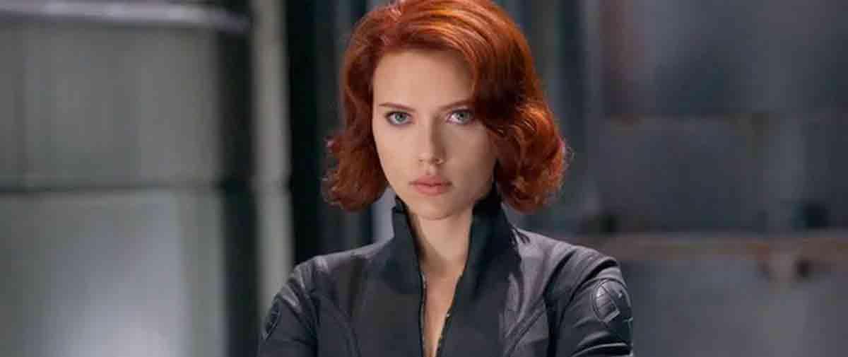 Scarlett Johansson (Viuda Negra)