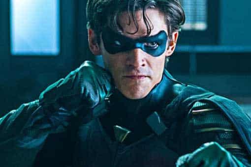 Titans 2: ¡Ya hay fotos oficiales del traje de Nightwing!