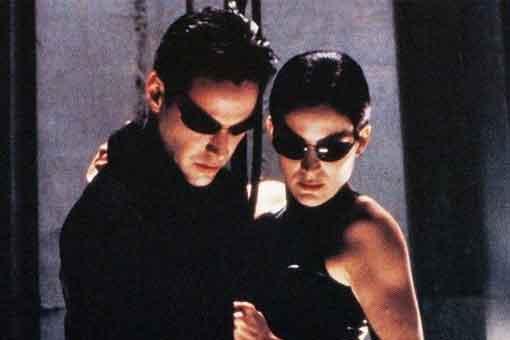 Filtran escena de acción de NEO y Trinity en Matrix 4