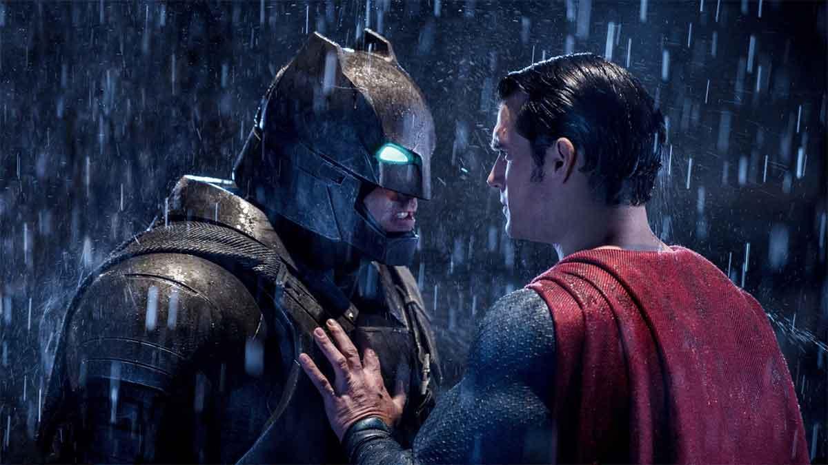 Motivo por le qué la película Batman v Superman es tan oscura