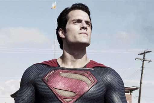 Henry Cavill podría regresar como Superman en Space Jam 2