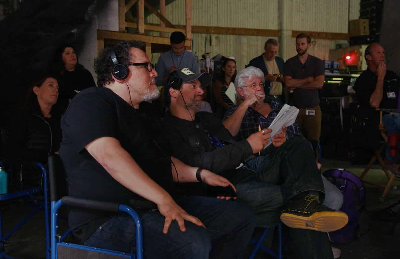 Jon Favreau junto a George Lucas y Dave Filoni en el rodaje de The mandalorian de Disney Plus