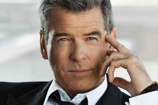 Pierce Brosnan dispuesto a regresar a la saga James Bond