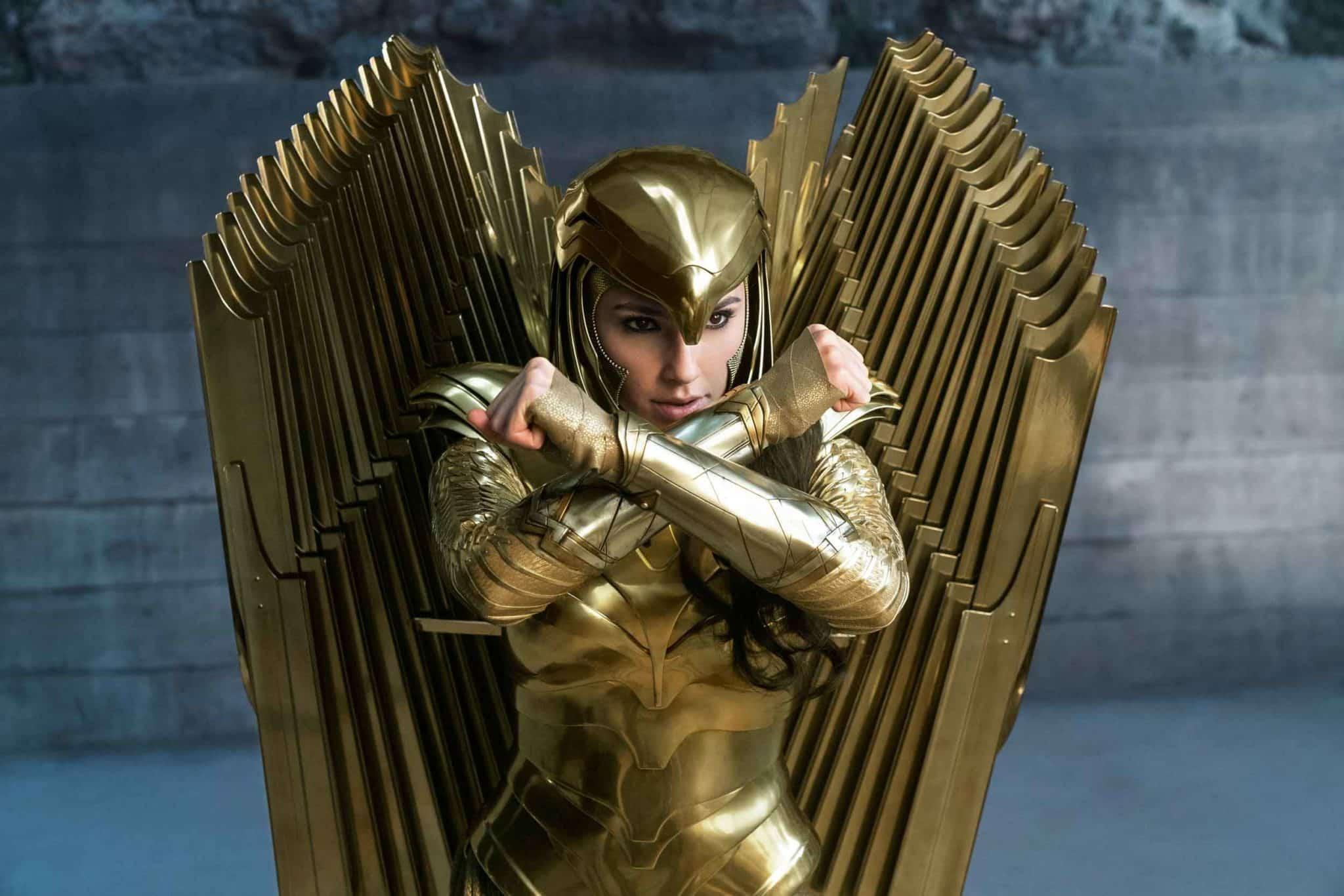 Wonder Woman con la armadura Golden Eagle