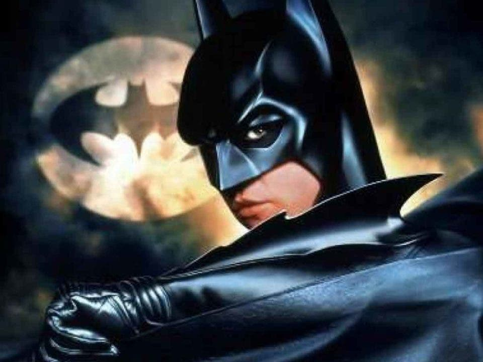 Val Kilmer no cree que sea importante que actor está detrás de Batman