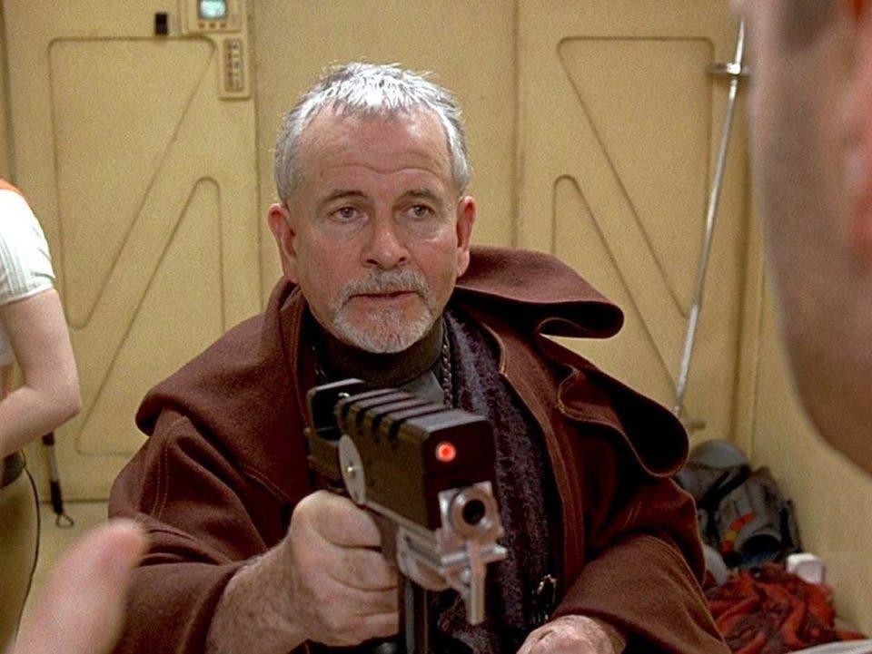 fallece ian holm Bilbo Bolson en El señor de Los anillos