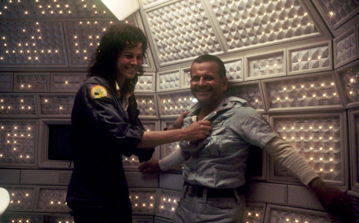 ian Holm durante el rodaje de Alien el pasajero
