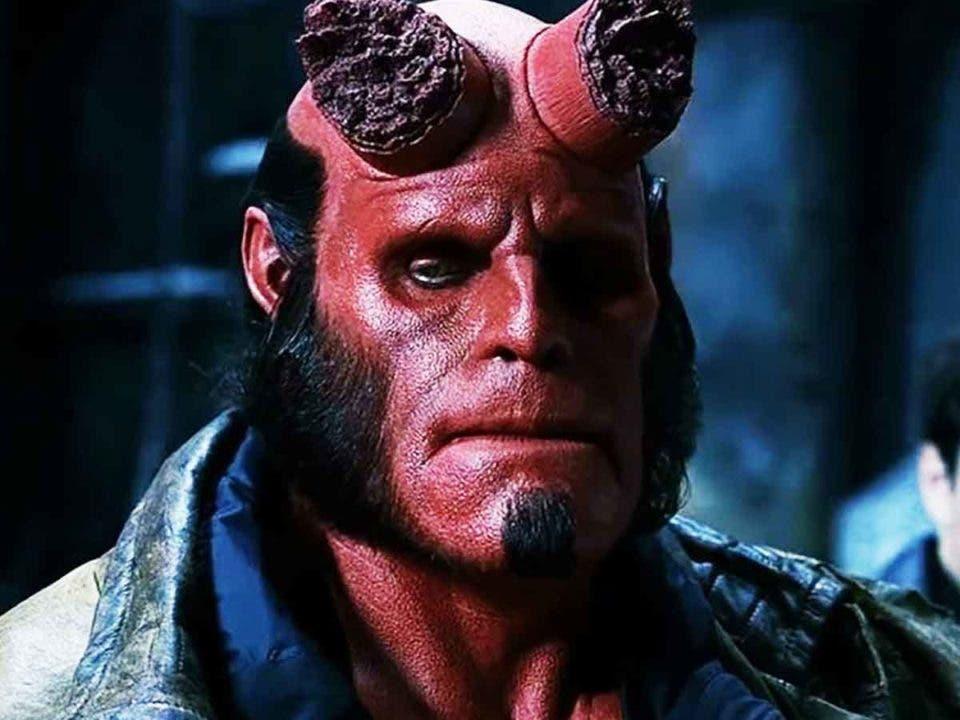 La verdadera razón por la que Ron Perlman no regresó como Hellboy
