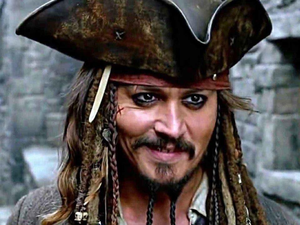 Johnny Depp actúa como Jack Sparrow en la vida real