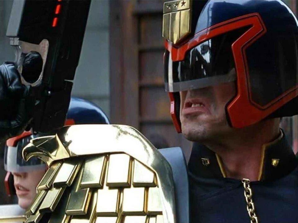 Sylvester Stallone podría ser de nuevo el Juez Dredd