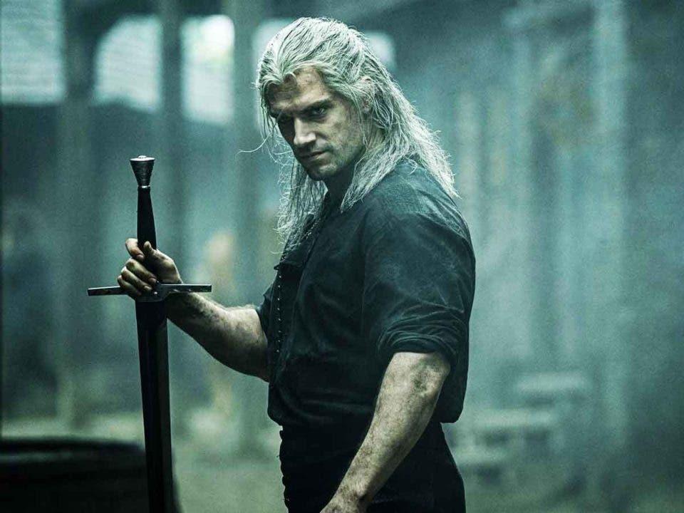 Henry Cavill explica como creó el estilo de lucha de The Witcher