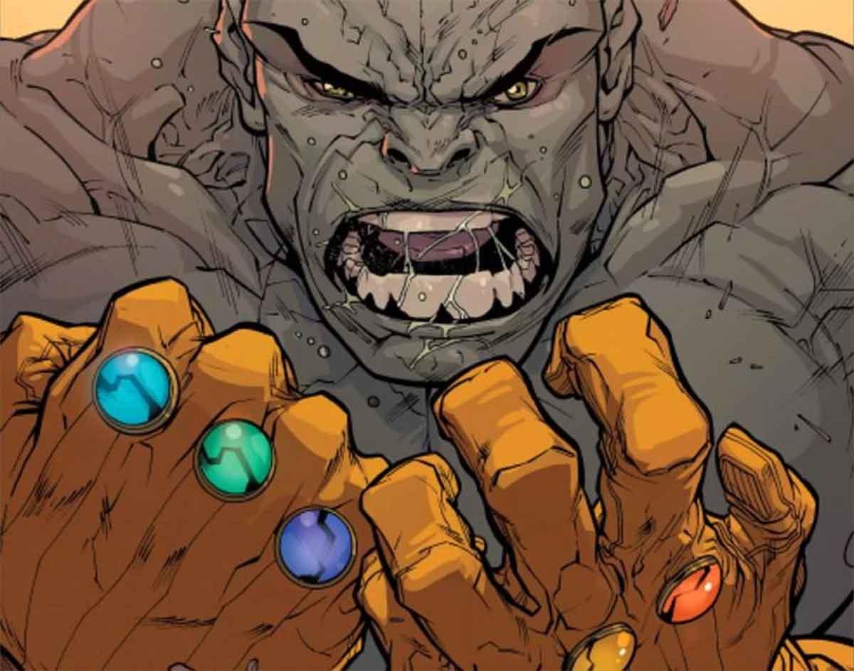 Hulk llegó a usar dos Guanteletes del Infinito a la vez