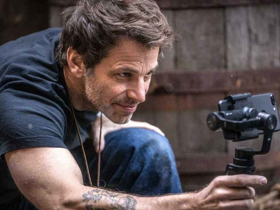 Zack Snyder emocionado por el Batman de Robert Pattinson