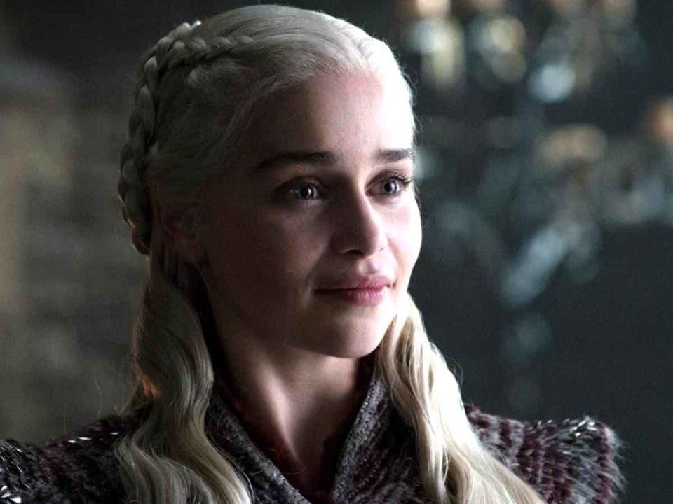 Emilia Clarke se queja del trato a las actrices de Juego de Tronos